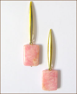 breast-cancer-awareness-earrings