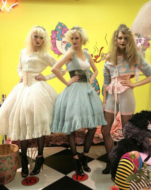 betsey-johnson-show-better-than-cupcakes-models