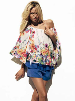 fashion-finds-for-less-h-and-m-garden-collection-floral-top-250